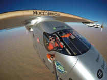 Sun-powered airplane completes circumnavigation of globe